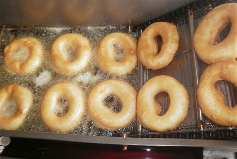 Free-shipping-Electric-and-Gas-in-One-with-Three-Molds-Automatic-Donut-Machine-Cake-Donut-Machine (3)