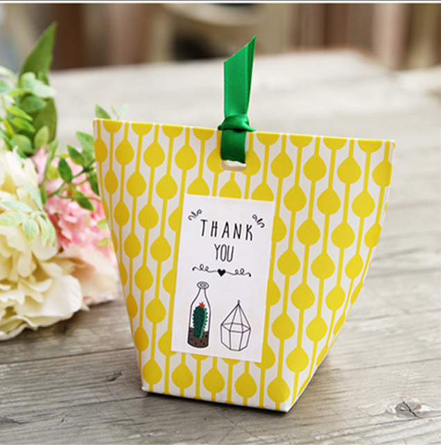 20 Pcs Yellow Wedding Favors Candy Bo Oniera Sachet Party Gift Box Paper Bags Giveaways