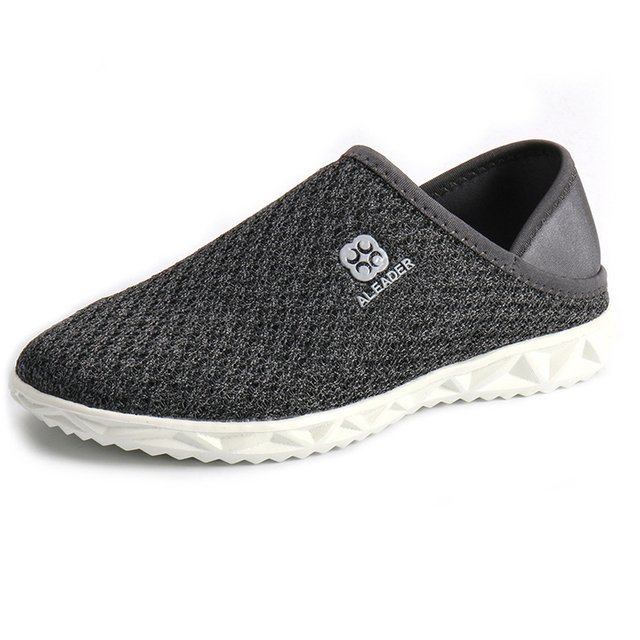 Lightweight Men Shoes Casual Mesh Shoes For Men Slip On Breathable Walking Shoes Ourdoor Travel Men Water Shoes Big size 4.5-14