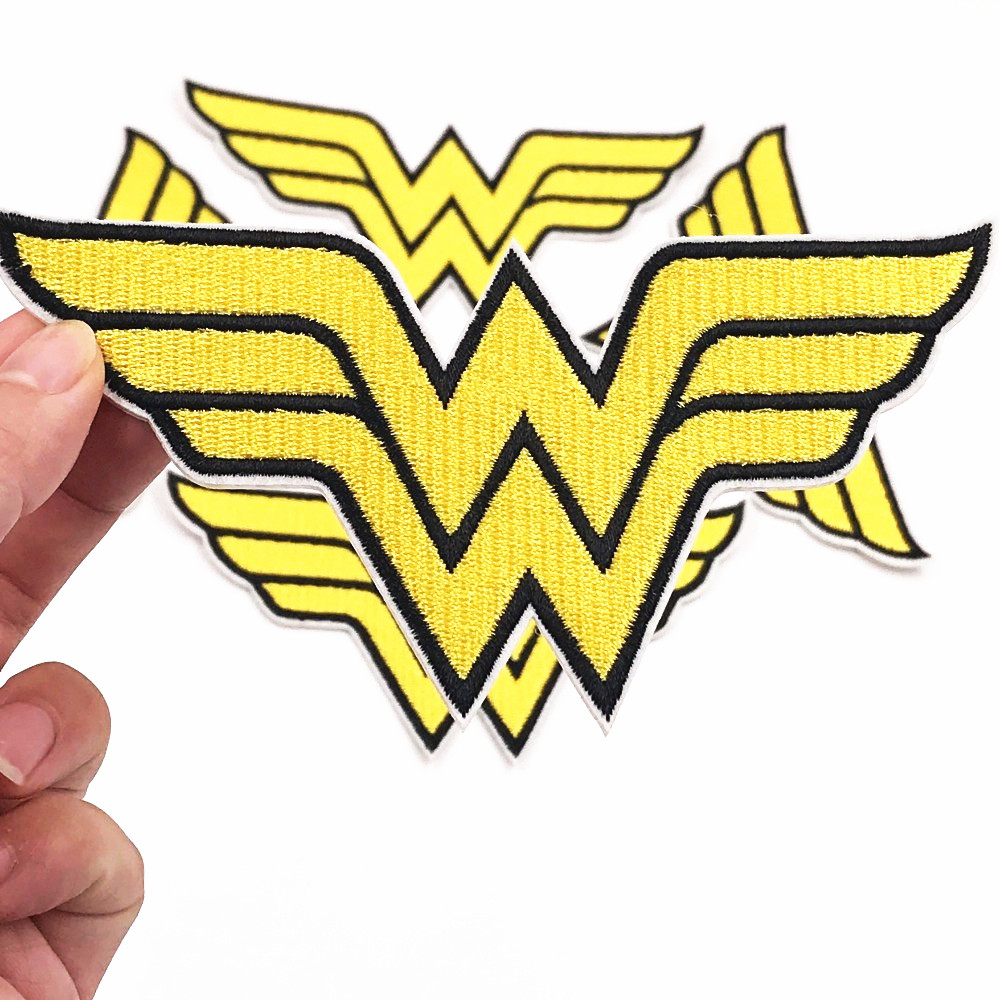 New 1pcs Cartoon Iron On Wonder Woman Logo Embroidered Clothes