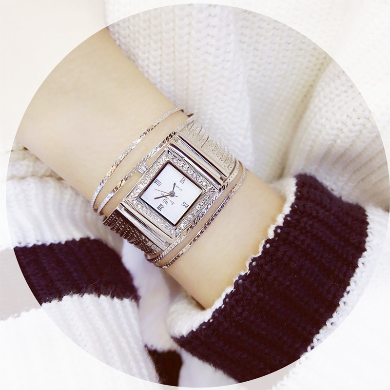 New Hot Ladies Quartz Watch High-end Custom Full Rhinestone Square Chain