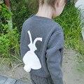 Ropa de Los Muchachos de Bebé de Calidad superior Hecho A Mano Conejo Suéter de Los Cabritos de los Bebés del Cartón Lindo Conejito Ropa de Algodón 80976