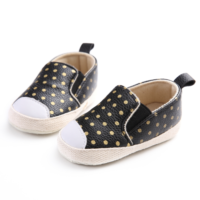 NEW Baby Girls Soft Shoes PU Leather Baby Moccasins Gold Dot Girls First Walker Toddler2