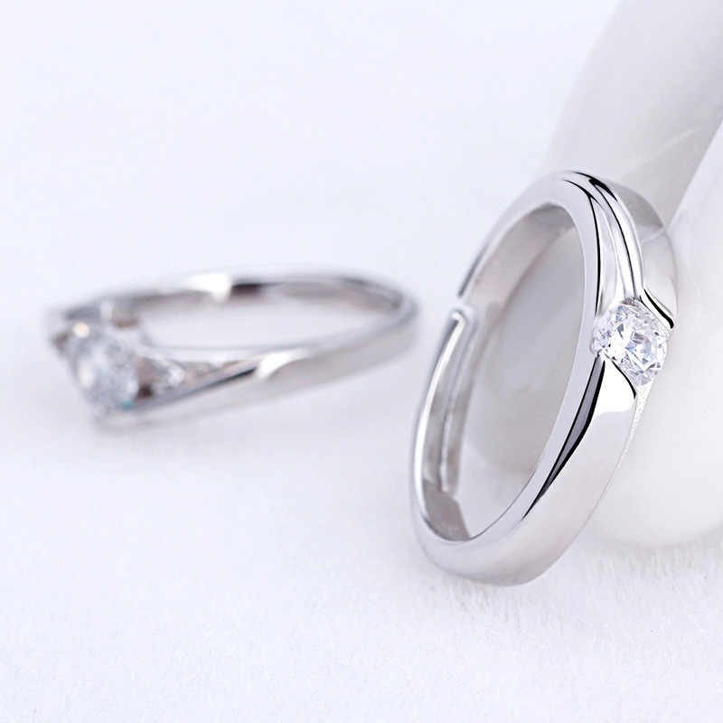 1 ชิ้นแฟชั่น Silver Plated คริสตัล Rhinestone แหวนคู่สำหรับชาย/ผู้หญิง 925 แกะสลักหมั้นแหวนคนรัก