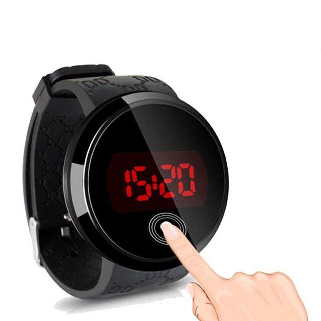 8e21856c64f 2018 LED Touch Screen Relógios das Mulheres do Esporte Dos Homens de  Borracha de Silicone Digital