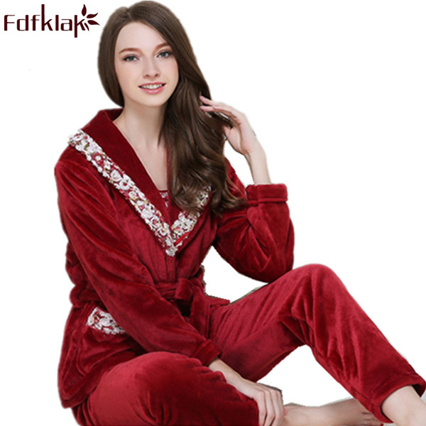 Fdfklak High Quality Women Clothes 2017 Winter Flannel 3 Pieces Pyjama Femme Family Set Pajamas Pijamas Mujer Sleepwear SetsQ404