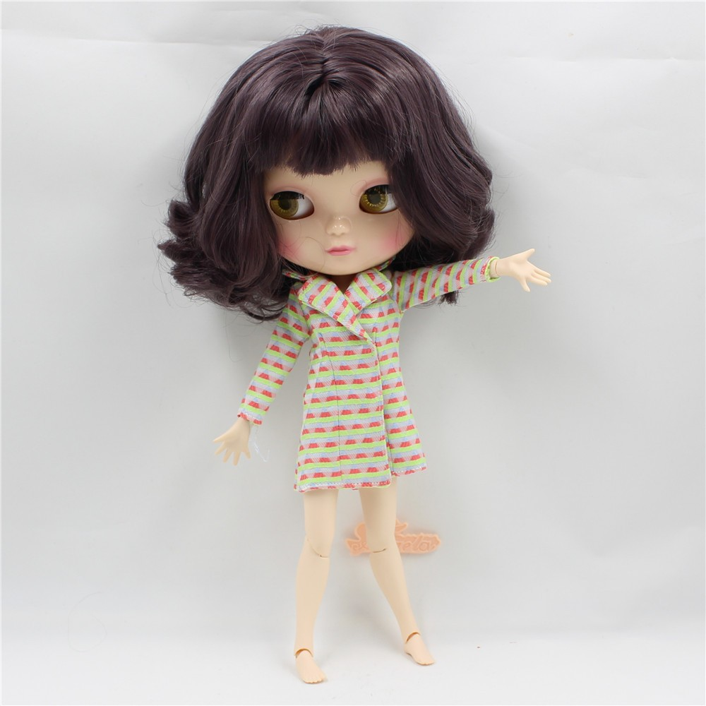 Neo Blythe Doll with Brown Hair, White Skin, Shiny Face & Jointed Azone Body 4