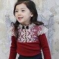 2016 осенью новый детская одежда кружева цветок девочка одежда с длинным рукавом принцесса младенческой девушка майка белый жемчуг девушки блузки