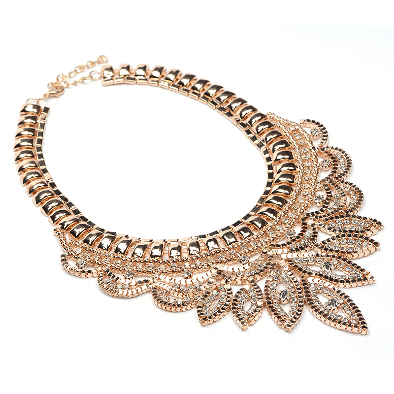 b2a25fd8abd6 Collares Gros Collier Femme 2016 Necklace Pendant Crystal Gold Chain Flower  Accesorios Bisuteria Mujer Bijoux Collane Choker-in Choker Necklaces from  ...