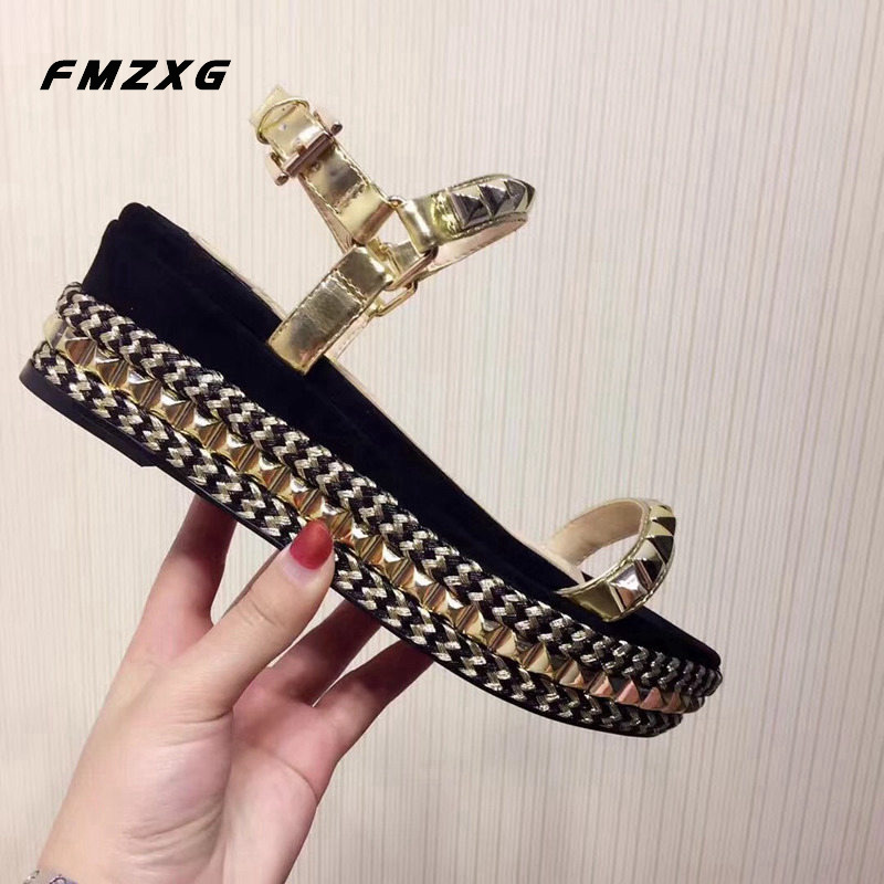 FMZXG Sandalias Mujer 2018 Fashion Rivet Flat With Summer Shoe Real Leather Wedges Shoes For Women Platform Buckle Strap Sandals цена 2017