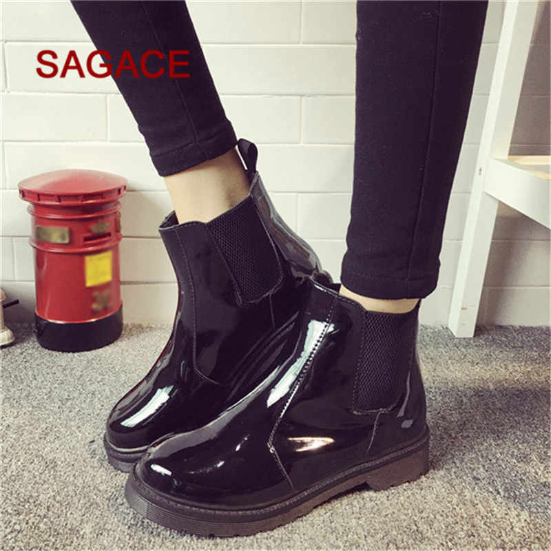2019 HOT SALE Vintage Women Round Toe Flat Slip On Boots Casual Patent Leather Martin Shoes
