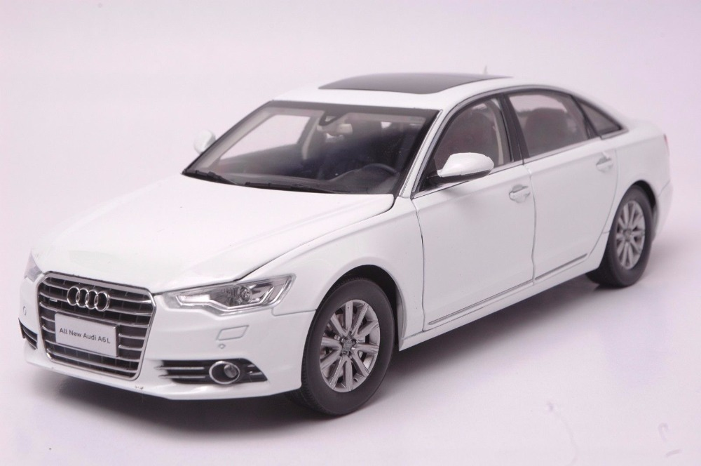 1:18 Diecast Model for Audi A6L 2012 White Sedan Alloy Toy Car Miniature Collection Gifts A6 1 18 diecast model for buick lacrosse black classic sedan alloy toy car collection gifts