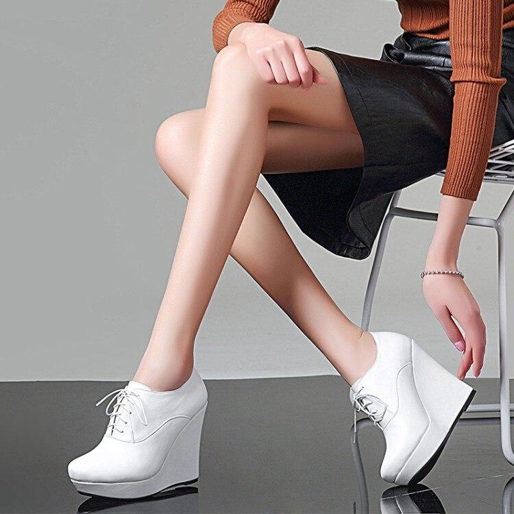Profonde forme blanc Vache Hauts Printemps Robe Femmes Noir Cuir En Pompes De Chaussures Peu Coins Up Automne Plate Talons Zorssar Dentelle XApxnC77