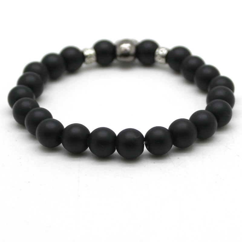 black-matte-bead-bracelet-with-stone-skull-2