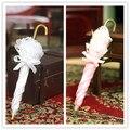 Accesorios para muñecas en miniatura Dollhouse blanco y rosa dama princesa paraguas paraguas de encaje