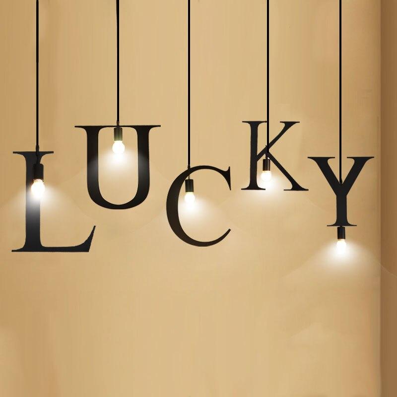 Lettres anglaises modernes pendentif lumière fête événement mots chanceux heureux lettres suspension lampe 26 Alphabet anglais lumière noire