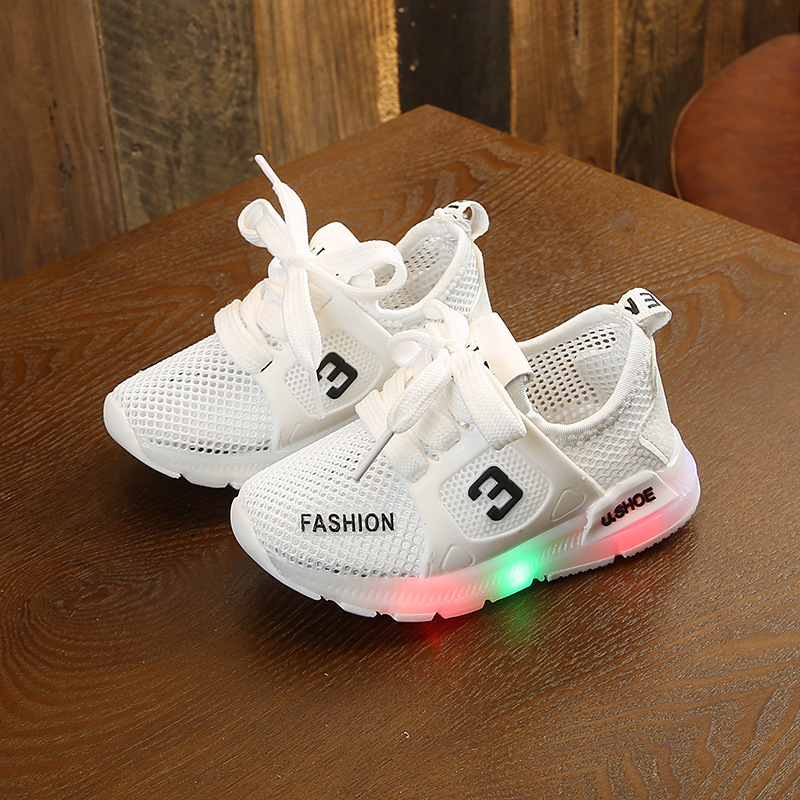Children Shoes with Light Glowing Sneakers Kids Led Shoes with Light Up LED Slipper Boys Girls Baby Shoes Luminous SneakersChildren Shoes with Light Glowing Sneakers Kids Led Shoes with Light Up LED Slipper Boys Girls Baby Shoes Luminous Sneakers