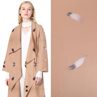 Tecido de Roupas De Lã bordados Impressão Estética Vestido Casaco Vestido Vestuário Tecidos Rosa Flores Novo estilo Especial de Moda