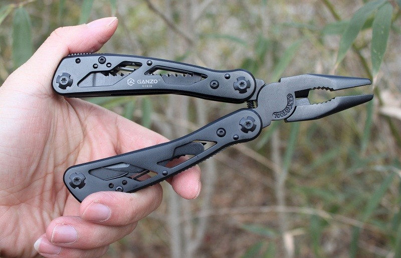 China multifunctional folding pliers Suppliers