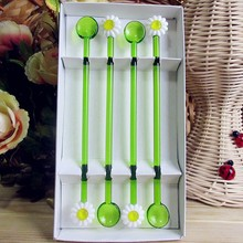 Factory wholesale! Munuola creative tableware glass flower shape sculpture high quality green Spoon Set