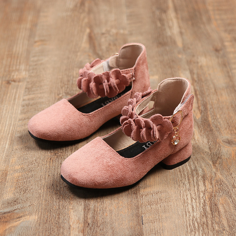 2018 New Girls Leather Shoes High Heeled Princess Pink Shoes with Flowers Medium Square Heel Kids Red Shoes Round Toe Size 26-30