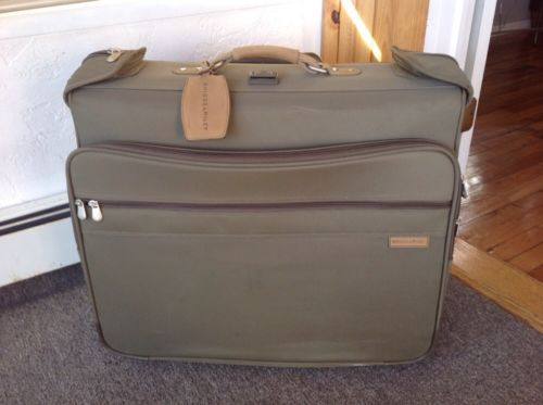 Details About Briggs And Riley Baseline Series Deluxe Rolling Garment Bag Luggage Olive U76