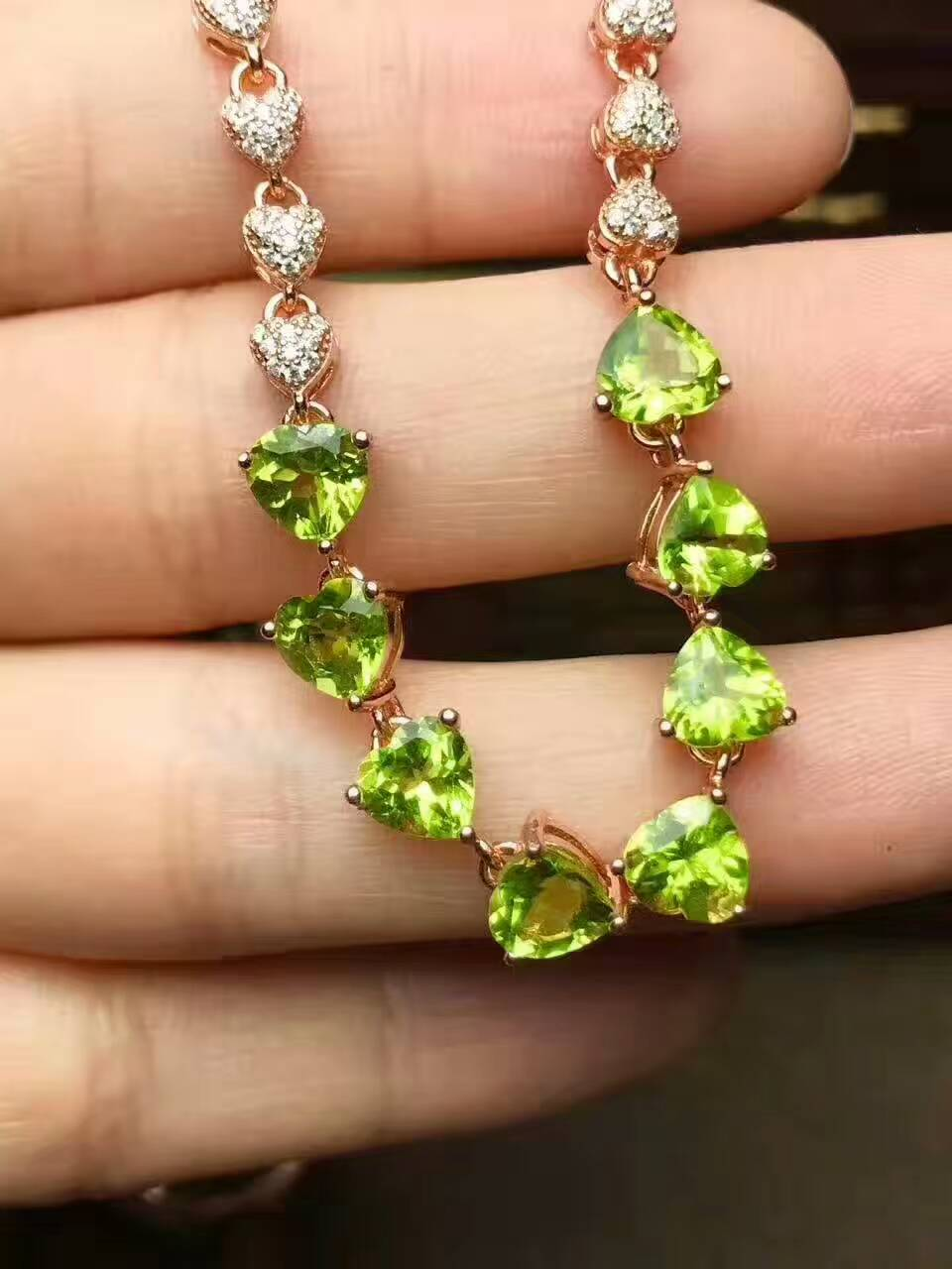natural green peridot stone Bracelet Natural olivine bracelet 925 sterling silver fashion Elegant romantic heart women jewelry mysterious green head heart bracelet