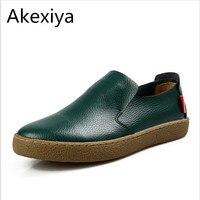 Akexiya Pop Dos Homens Genuínos Flats De Couro Preto de Condução Mocassins Deslizamento de Verão Em Calçados masculinos Marca Sperry Sapatos Sociais