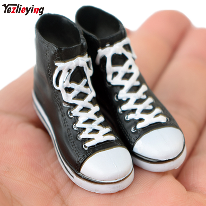 1//6 Scale Toy Female Black High Top MOTO Shoes Foot Type