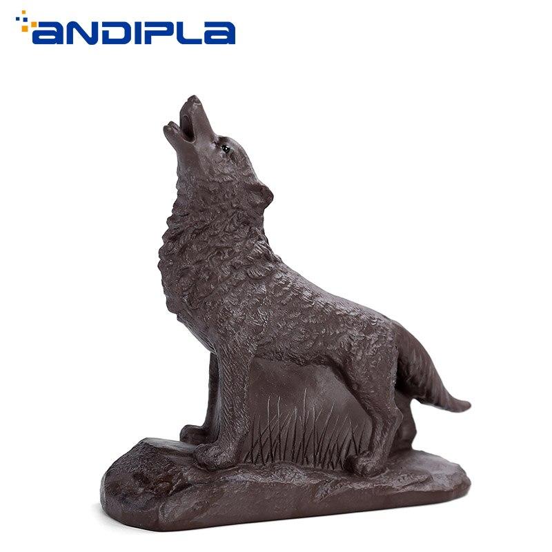Creative Handmade Boutique Wolf Figurine Simulation Animal Model Yixing Purple Clay Tea Pet Ceramic Crafts Souvenir Lucky Decor figurine