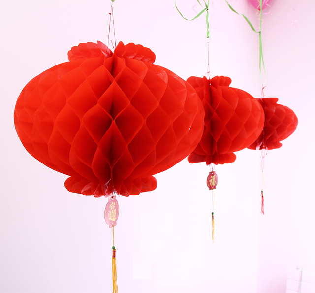 2 Pieces 22inch 55cm Chinese Red Honeycomb Paper Lanterns For New Year And Wedding Decoration