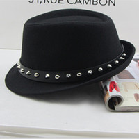 punk style, black character, pointed rivet, woollen hat, English Jazz straw hat, men and women, winter, Han Banchao