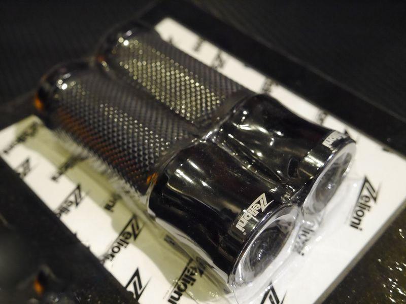 ZELIONI Motorcycle Accessories Handlebar Grip For Piaggio Vespa LX LXV/S Primavera Sprint 150 Abs