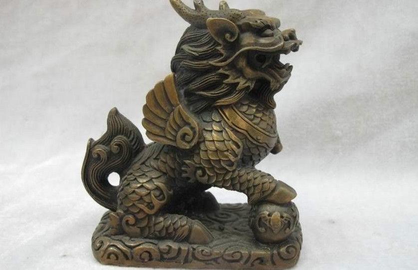 China Folk Bronze carved Lucky Dragon kylin beast Lion Wealth Feng shui statueChina Folk Bronze carved Lucky Dragon kylin beast Lion Wealth Feng shui statue