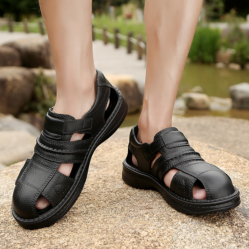 Fashion Classic Men Sandals Comfortable Summer Men Beach Shoes Leather Sandals Big Size Soft Sandals Men Roman Sandalias Homem(China)