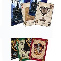 Шт. 1 шт. Harri Potter Игральные Карты Хогвартс Дом коллекция значки замок кресты 2 модели английские карты Коллекция игр