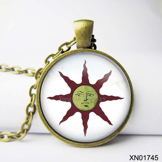 Fashion dark souls solaire of astora sun pendant zinc alloy male fashion dark souls solaire of astora sun pendant zinc alloy male necklace wedding favors and gifts aloadofball Choice Image
