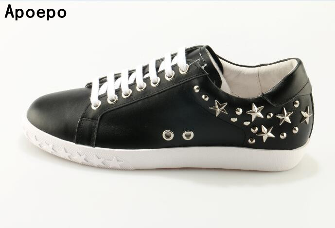 High quality leather white shoes 2017 rivets studded lace-up casual shoes round toe five-pointed stars flat shoes 2016 triangle rivets decoration full grain leather casual shoes eu luminescent substrate high shoes lace up couple models white