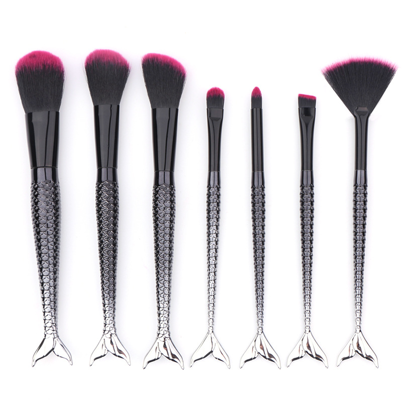 Black 7Pcs/Set Professional Mermaid Fish Makeup Brushes Fish Scale Fishtail Brush Kit Unicorn pincel maquiagem aquarium liquid glitter brush set mermaid makeup brushes bling bling glitter handle make up brush kit pincel sereia maquiagem