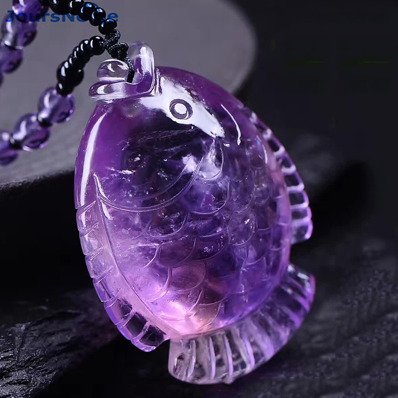 купить Wholesale Purple Natural Crystal Pendants Hand Carved Fish Pendant Sweater Chain Beautiful Necklace Lucky for Women Men Jewelry по цене 2889.89 рублей
