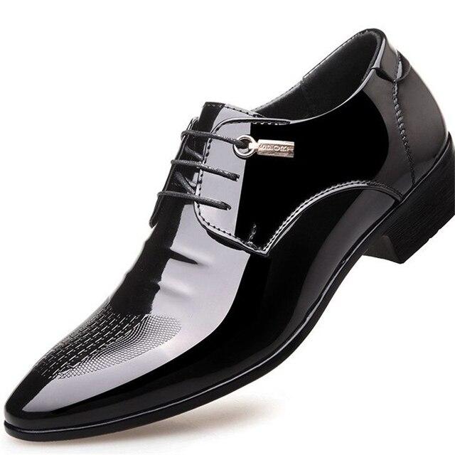 34fe0e763 Designer de preto formal sapatos oxford para homens sapatos de casamento  pontas do dedo do pé