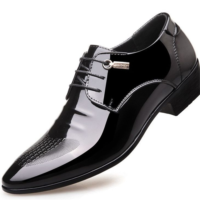 black designer formal oxford shoes for men wedding shoes leather italy pointed toe mens dress shoes 2018 sapato oxford masculino pointed toe dress shoes mens patent leather black shoes wedding dress oxford shoes for men designer version luxury prom shoes