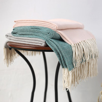 Plaided knit embroidery blanket, classic style sofa blanket,Fringed decorative car blanket,Travel boarding blanket,130*200cm