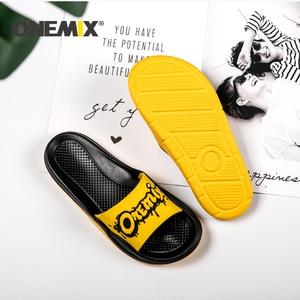 Image 5 - Сандалии ONEMIX унисекс, пляжные тапочки с граффити, удобные для улицы и дома, обувь на плоской подошве для мужчин и женщин, для летнего сезона