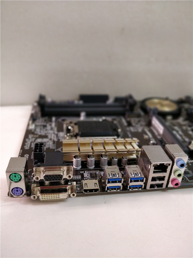 Socket LGA 1150 For ASUS H97-PLUS Original Used Desktop for Intel H97 Motherboard DDR3 USB3.0 SATA3 PCI-E3.0