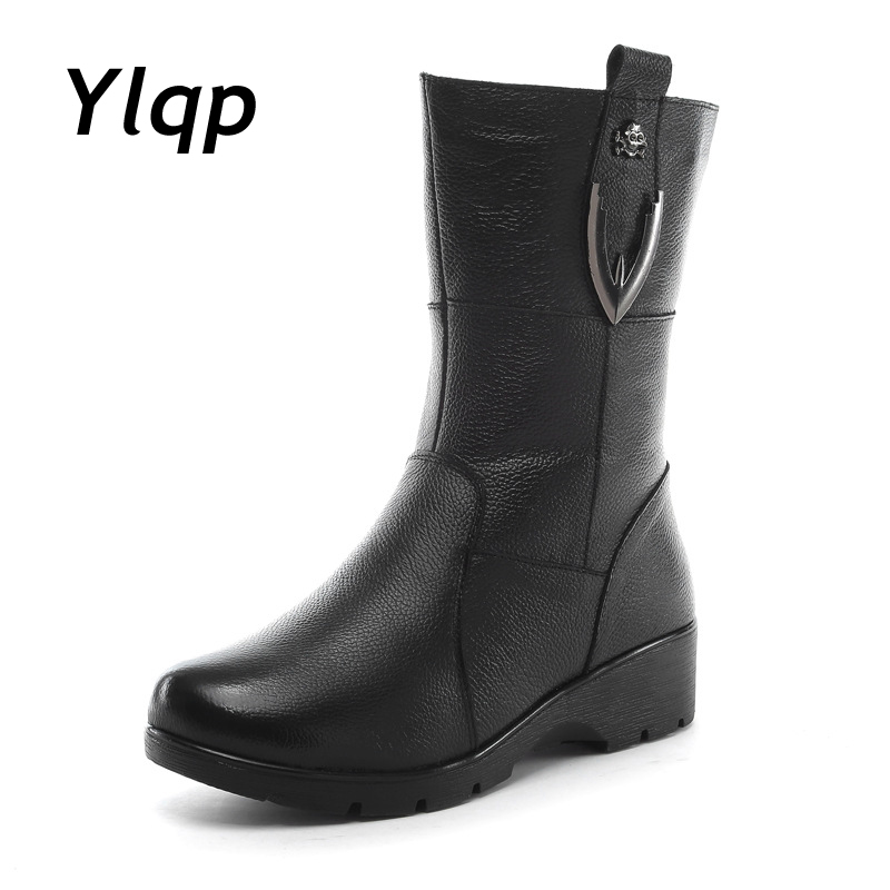Winter Boots 2018 Women Booties Fur Boots Low Heel Mid Calf Boots Round Toe Women Shoes Black Fashion Mother Leather Boots 2018 new women mid calf boots thin heel booties black leather women half boots ladies patent leather boots slip on