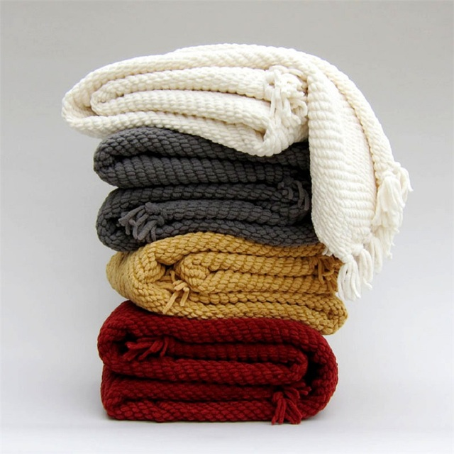 Casual Knitted Blanket