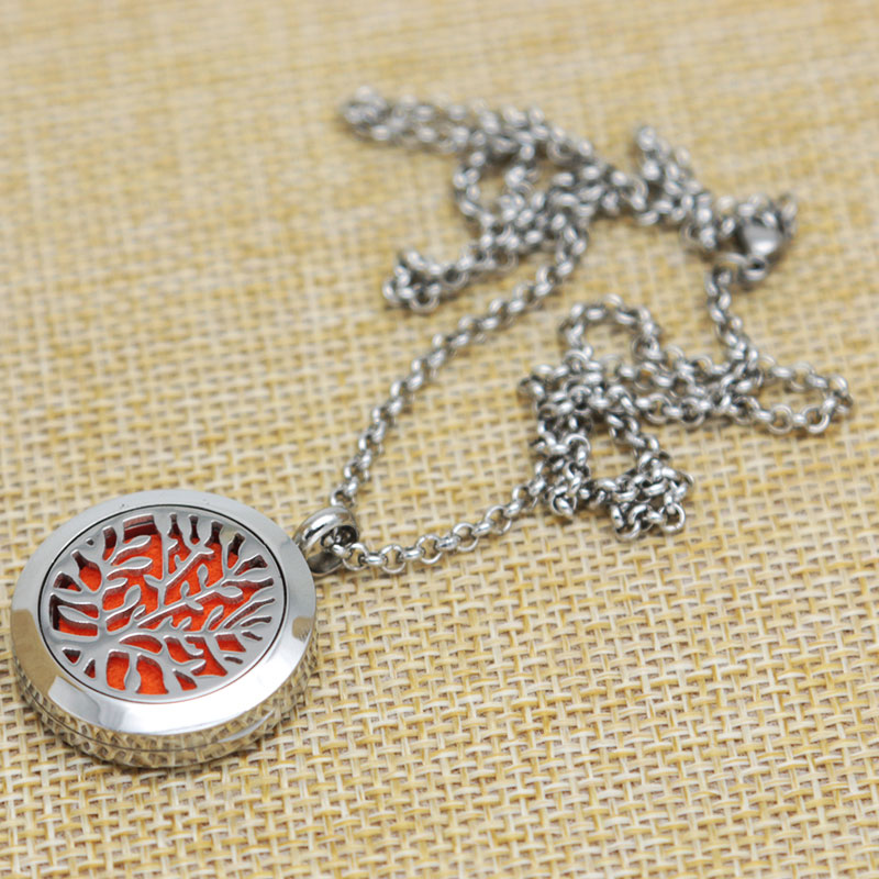 Tree of Life Aromatherapy Essential Oils Stainless Necklace pendant Perfume Diffuser Locket With chain and 10pcs Felt pads