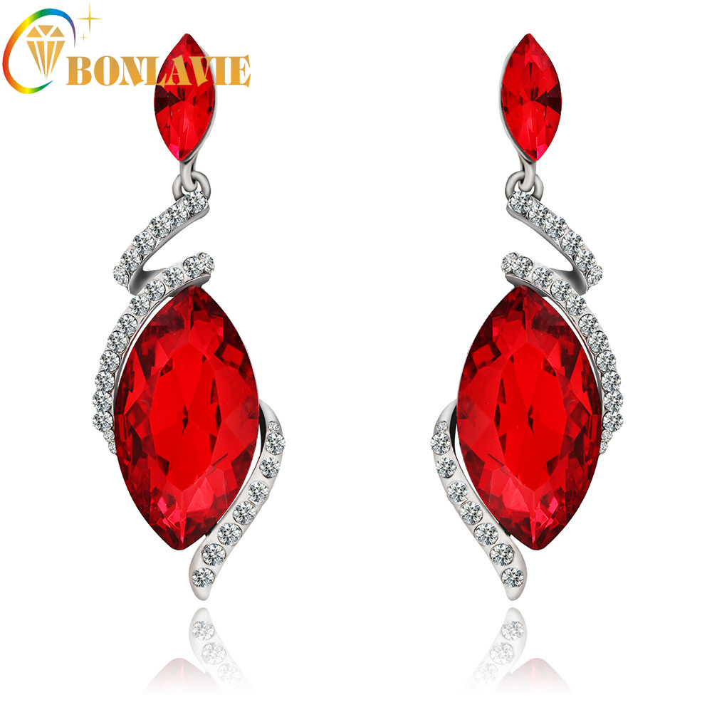 1 Pair Red Crystal Long Dangle Earrings Geometric Big Sparkly Rhombus  Design Young Style Jewelry Alloy