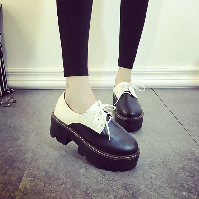 Fashion Lace-Up Creepers Flat Platform Shoes Women Loafers Shoes Leather Woman Designer Oxford Slip On Ladies Flat Shoes Black
